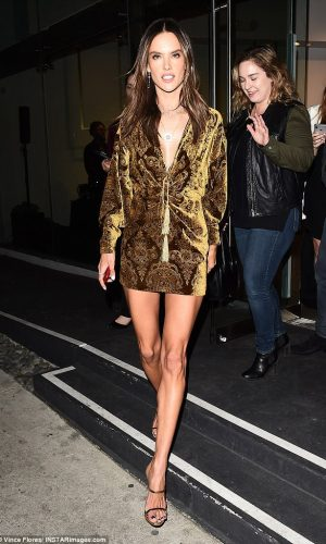 mais bem vestidas da semana, mais bem vestidas, moda, estilo, looks, celebridades, celebrities, best dressed, best dressed of the week, fashion, style, outfits, alessandra ambrósio