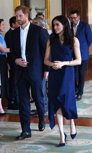 meghan markle, duquesa de sussex, looks, moda, estilo, turnê oceania, duchess of sussex, prince harry, outfits, fashion, style, inspiration, what meghan wore, australia, new zealand, fiji, tonga