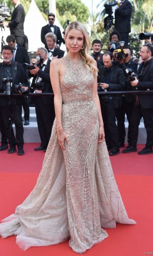 leonie hanne at the 2019 cannes film festival red carpet